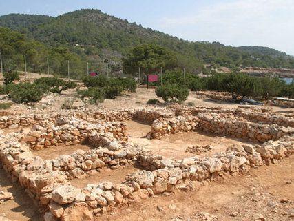 Poblat fenici de sa Caleta