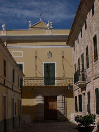 Squella Palace