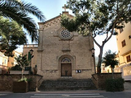 Iglesia del Puerto de Andratx