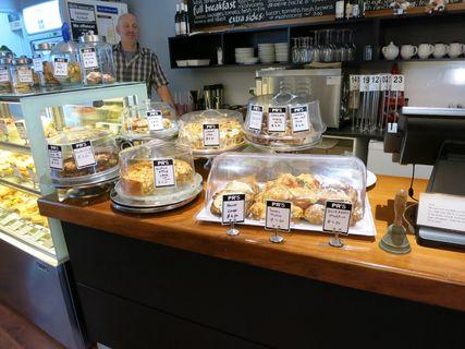PR's Café
