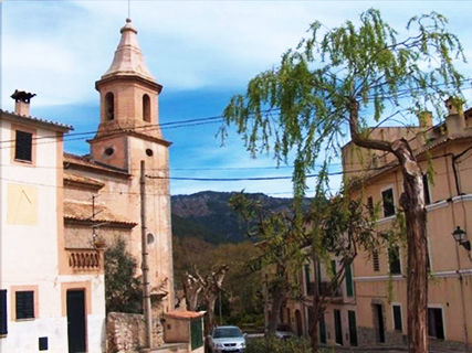Iglesia de Puigpunyent