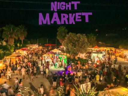 Night Market de Las Dalias Ibiza: color, compras y buena música