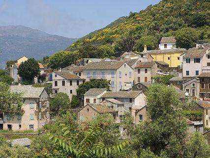 The village of Canari