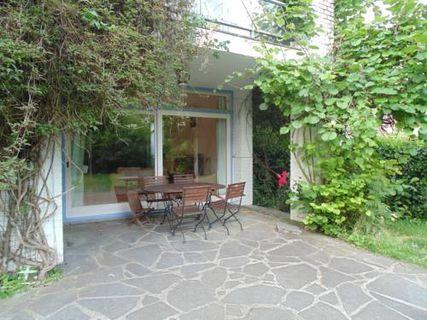 Guest House La Roseraie