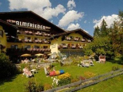 Wander- & Langlaufhotel Romantikchalet Almfrieden