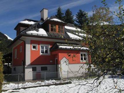 Villa Schnuck - das rote Ferienhaus