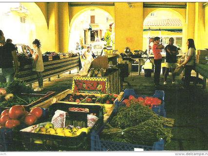 Calvi Market
