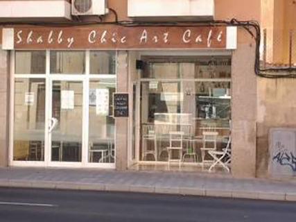 Shabby Chic Art Café