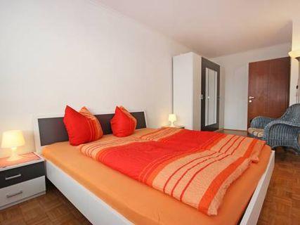 Two-Bedroom Apartment Alois-Schmidhuber-Straße 2