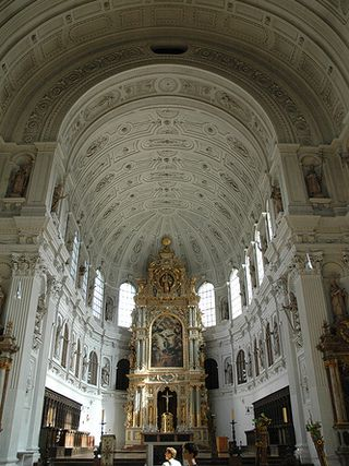 glise saint michel de munich munich allemagne guides de voyage mtrip. Black Bedroom Furniture Sets. Home Design Ideas