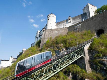 Castle funicular railway