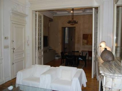 Art Nouveau 1BR Apartment Centre Brussels (Sablon)