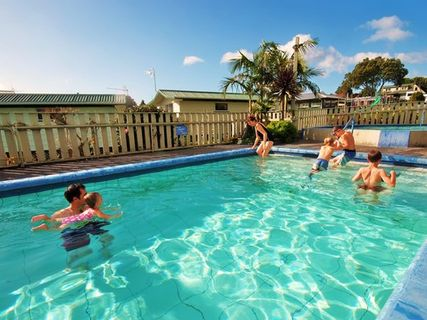 Omokoroa Thermal Holiday Park