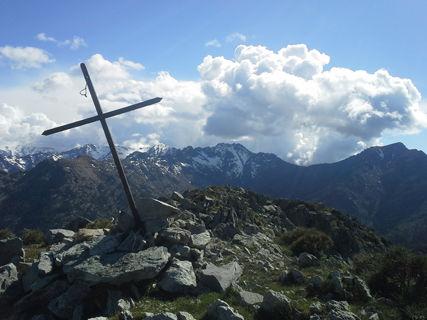 Hiking and Corsican polyphony