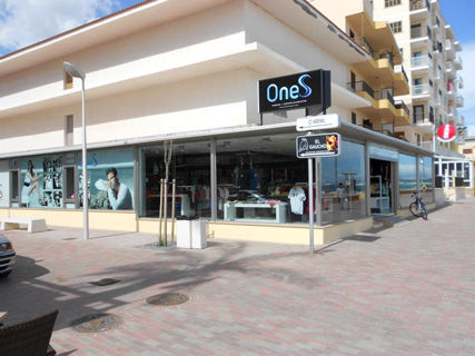 ONES, fashion and accessories (Ca'n Picafort)
