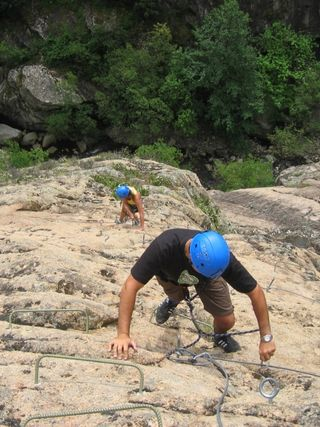 Climbing with Cors'aventure