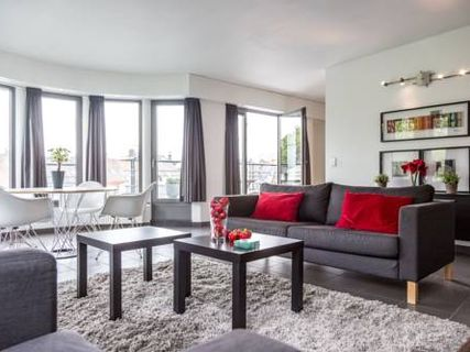 Stevin Halldis Apartment