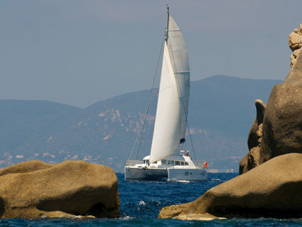 Go sailing with Corse Catamarans