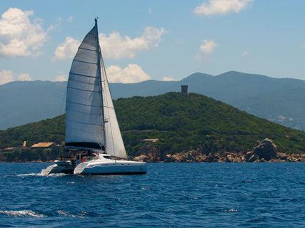 Weekly rental of Catamarans