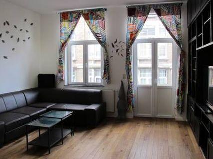 Apartment Tour & Taxis 3