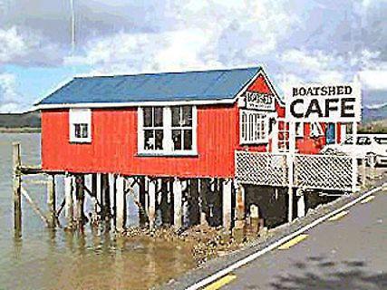 Boatshed Café
