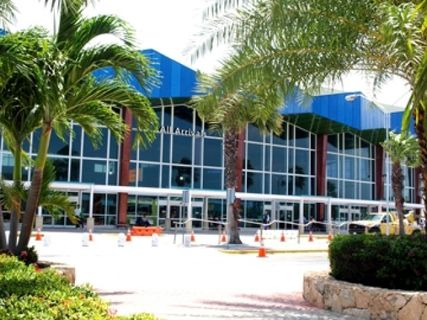 airport aruba