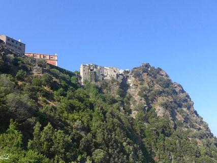 Balade à travers les terrasses de Nonza