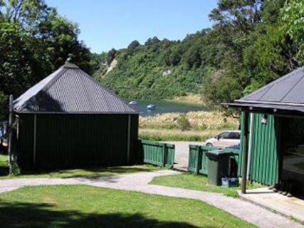 Lake Waikaremoana Motor Camp