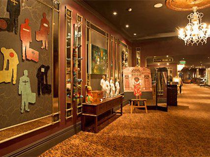 QT Museum Hotel