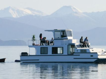 Lake Taupo Charter Boats