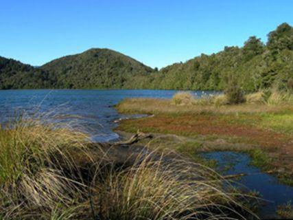 Lake Rotopounamu