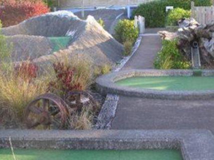 Adventure Mini-Golf