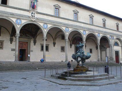 Hôpital des Innocents à Florence, Italie - Guides de