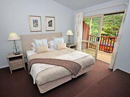 Punga Cove Resort