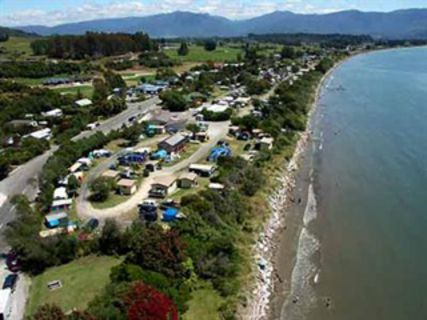 Pohara Beach Top 10 Holiday Park