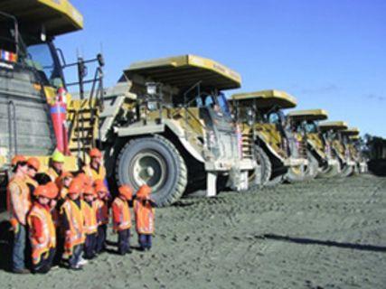 Around the Globe, Gold Mine tour