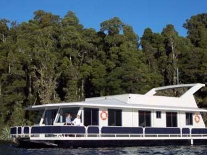Scenicland Houseboats