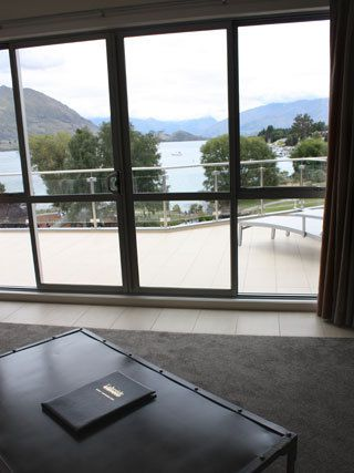 Lakeside Serviced Apartments