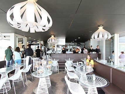 Takapuna Beach Café & Store