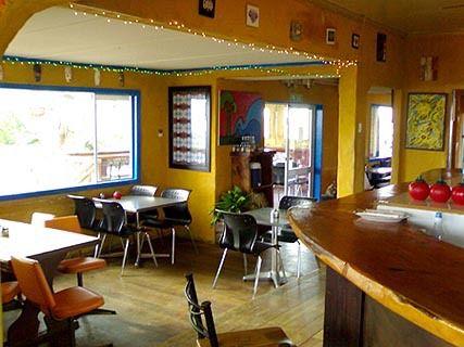 Solar cafe & bar