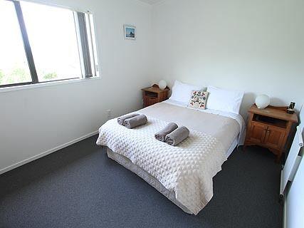 Lone Kauri Lodge