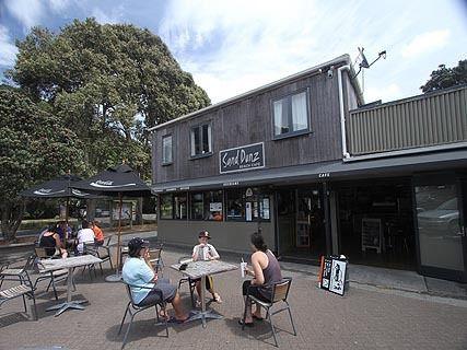 Sand Dunz Beach Cafe