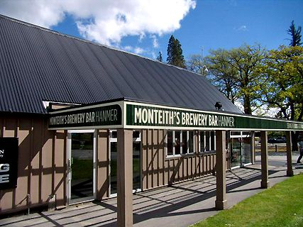 Monteith's Bar & Grill