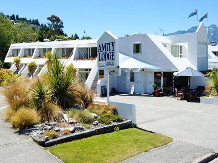 Amity Lodge